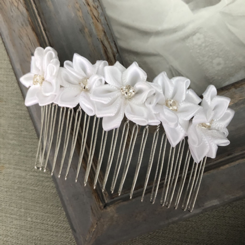 Wedding hair comb - satin flowers